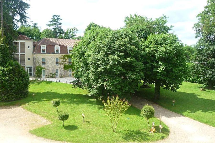 Château des Reynats**** Résidence de l'Orangerie