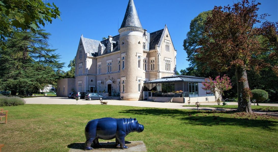 Château des Reynats**** Château des Reynats****