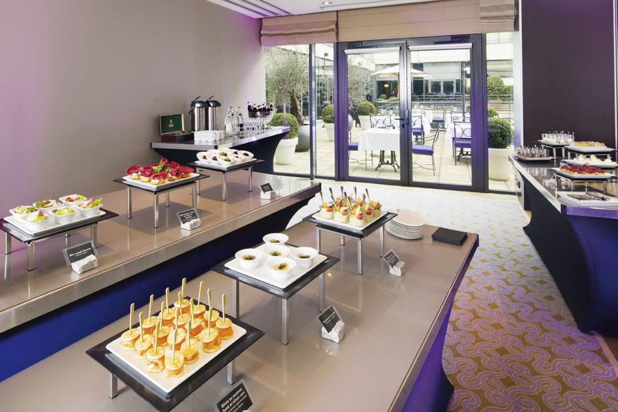 Crowne Plaza Paris - Neuilly **** Finger buffet
