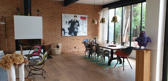 Salon espace réunion ou repas
