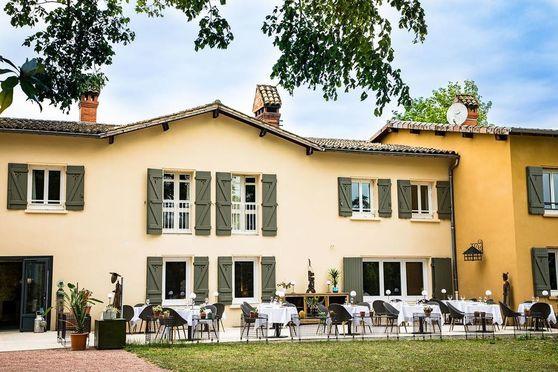 Hôtel-Restaurant de charme La Huchette proche de Lyon