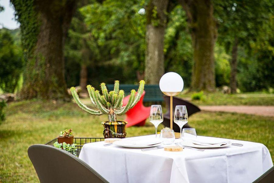 Hôtel-Restaurant La Huchette 26