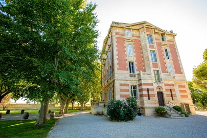 le  château la Beaumetane