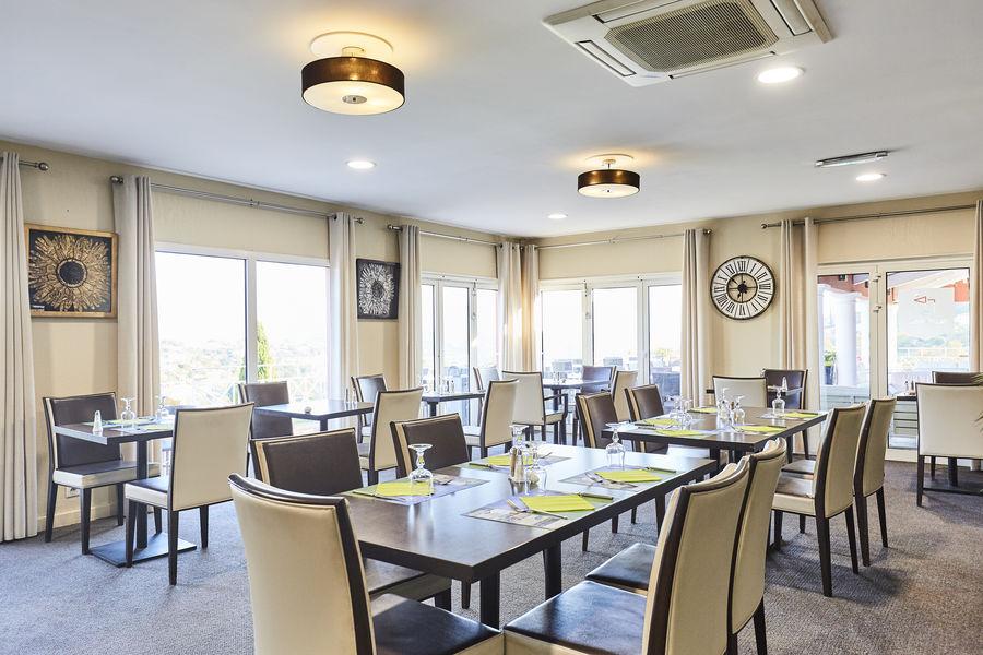 Blue Green - Sainte Maxime Salle restaurant