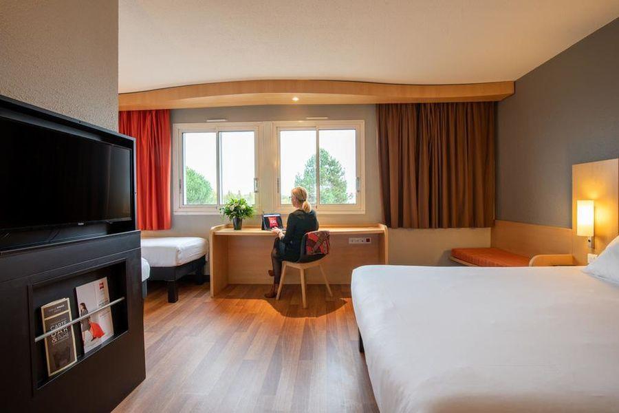 Hôtel Ibis Quimperle*** 3