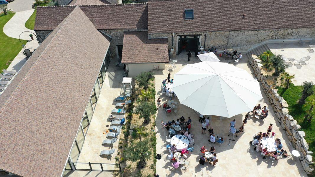 Le Clos de l'Orangerie Espace bar piscine