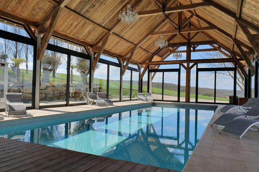 Le Clos de l'Orangerie Intérieur piscine
