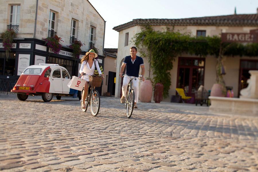 Château Cordeillan-Bages Château Cordeillan-Bages - Activité vélo