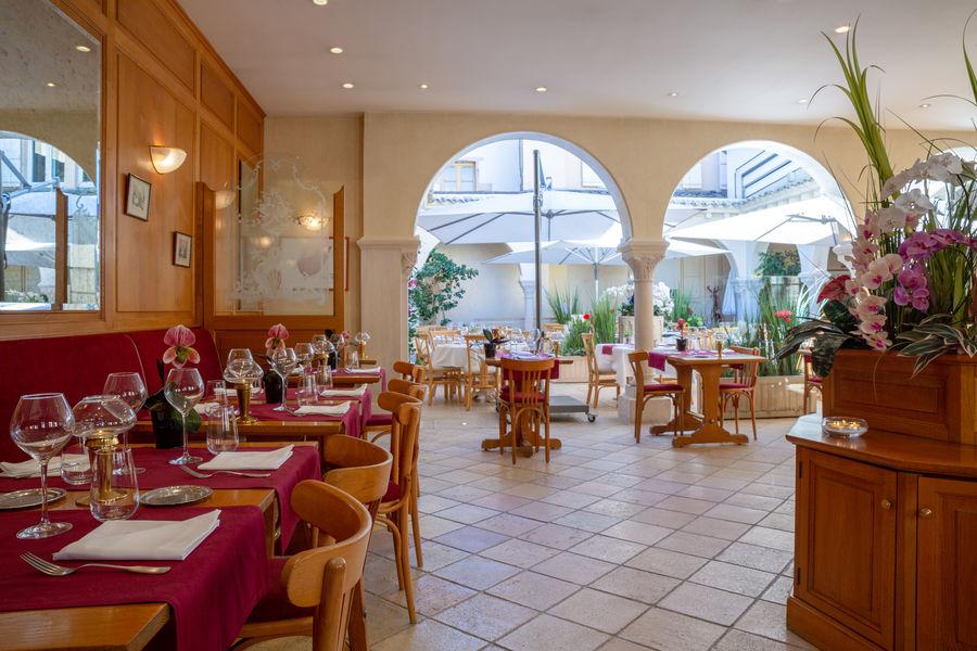 Hotel The Originals Tournus Le Rempart Bistrot