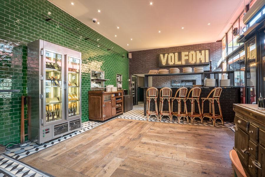 Volfoni Salle principale - Bar à pizza