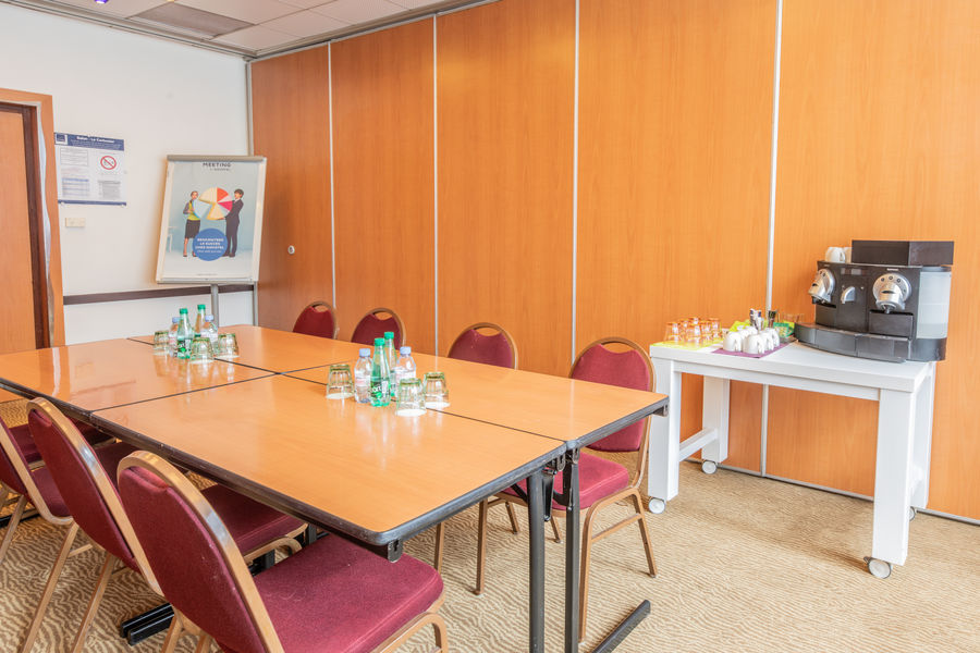 Novotel Genève Aéroport France **** salle de séminaire : Honegger