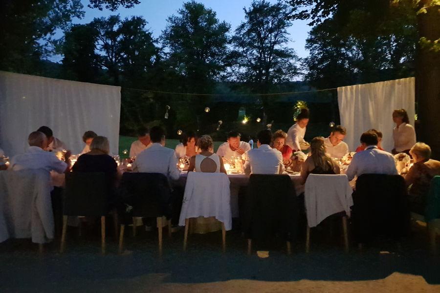Manoir d'Hautegente Des dîners dans le parc