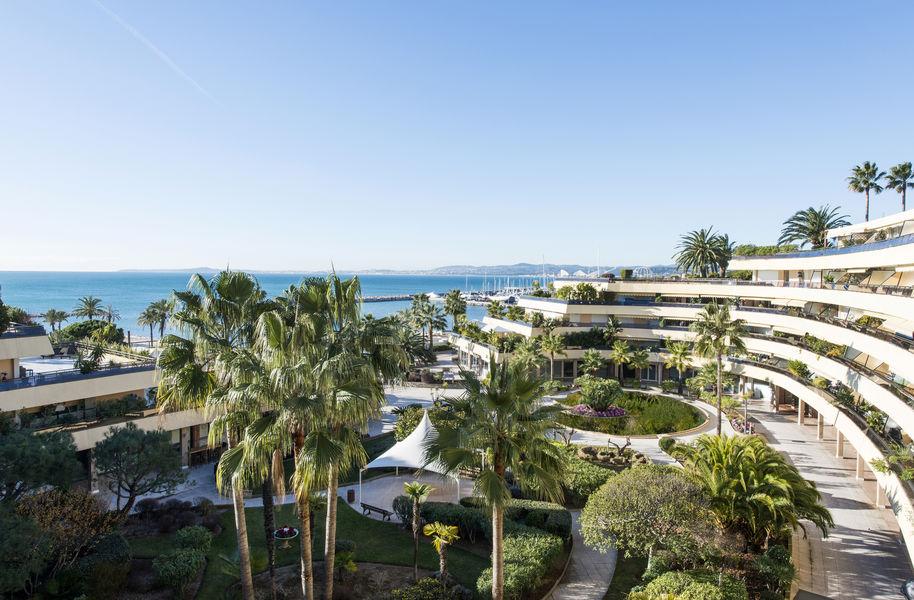Holiday Inn Nice Port Saint-Laurent**** Extérieur
