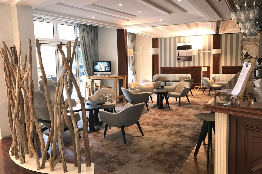 Holiday Inn Nice Port Saint-Laurent**** Bar