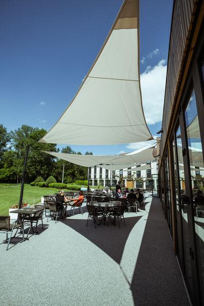 Golf Hôtel Charmeil *** Terrasse
