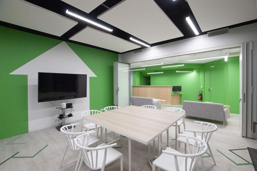 Mind Trap Salle de réunion ouverture sur l'espace détente