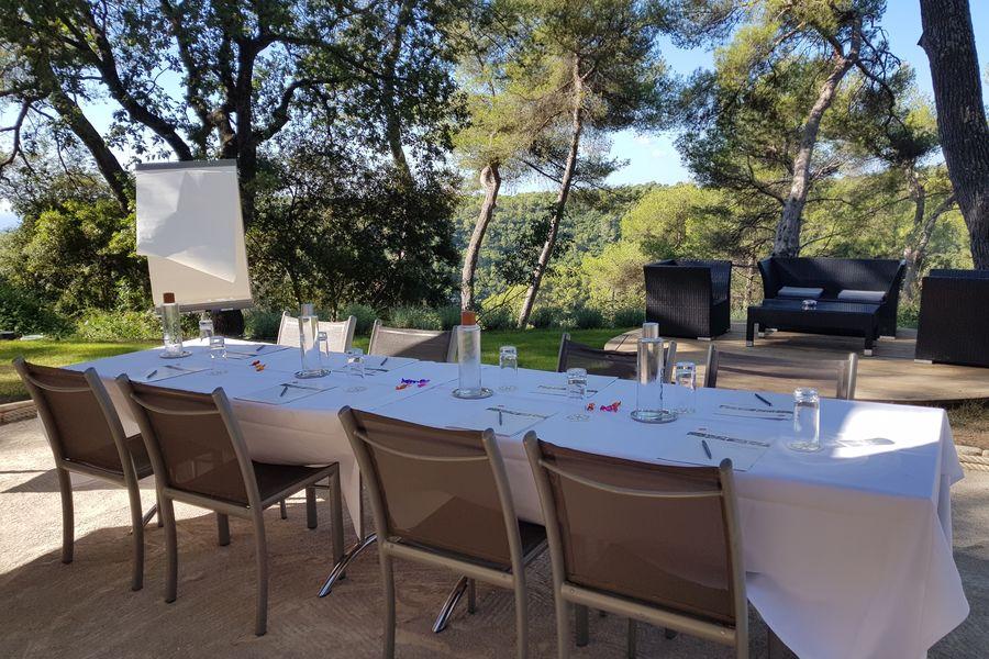 Hotel Spa & Restaurant Cantemerle **** La Place des Pins : Sémin'air