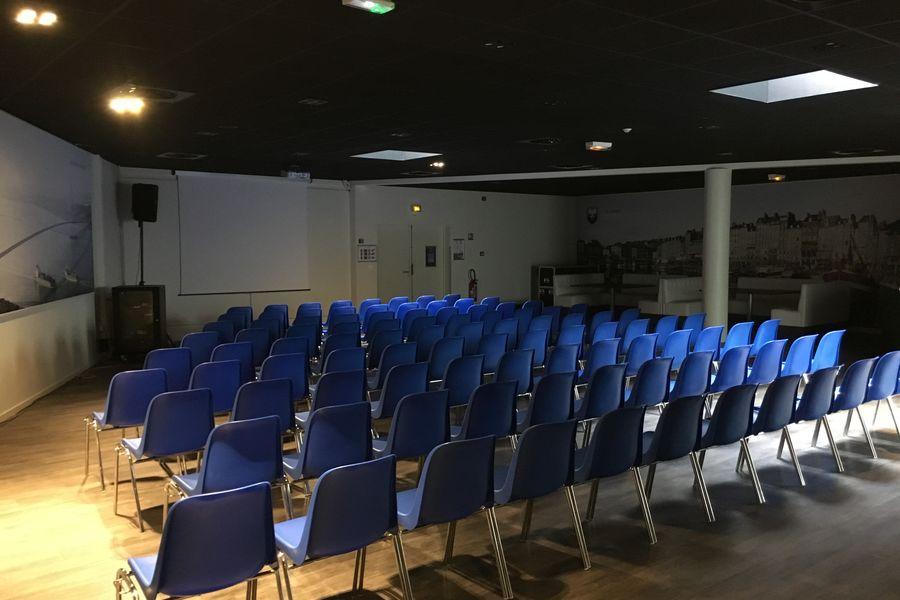 Stade Michel d'Ornano (Malherbe) Salon Normandie