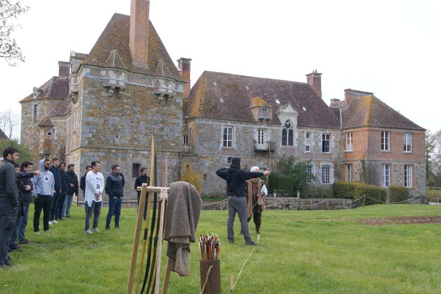 Château du Blanc Buisson Tir a l'arc comme au moyen âge avec Sire Lagarde