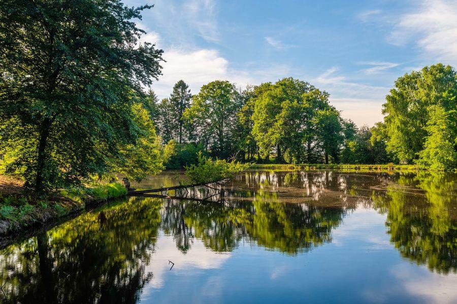 Relais Chateaux La Chapelle Saint Martin **** Parc de 40 hectares avec plans d'eau