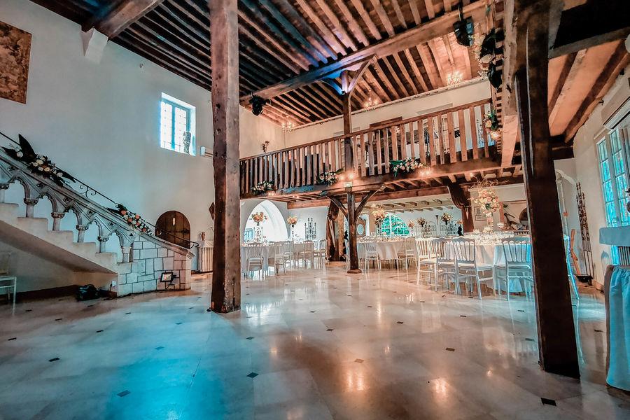 Prieuré de Saint-Cyr salle des moines