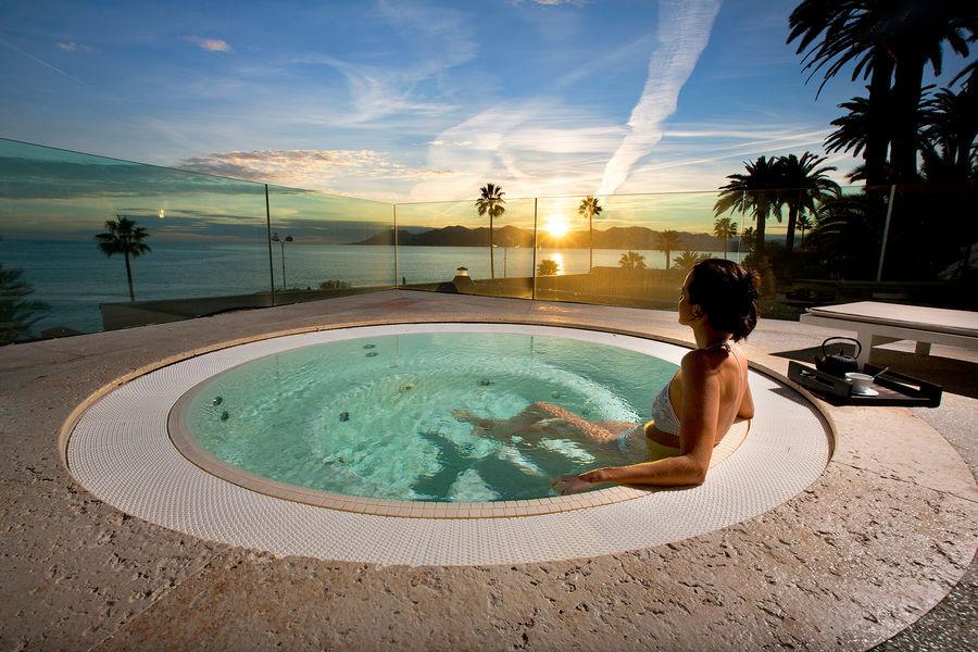 Radisson Blu 1835 Hôtel & Thalasso Cannes ***** Thermes Marins de Cannes