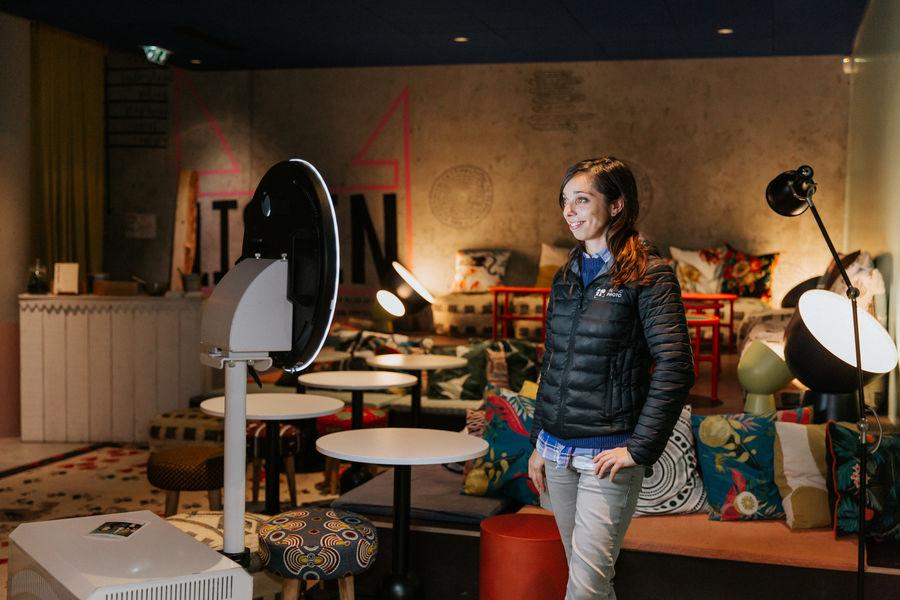 Mama Works Bordeaux Loft - Espace Salon - accès direct sur la terrasse