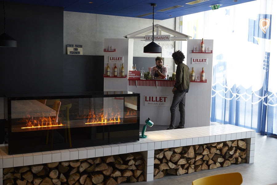 Mama Works Bordeaux Loft - Espace Bar, Salon & Working Café - accès direct sur la terrasse