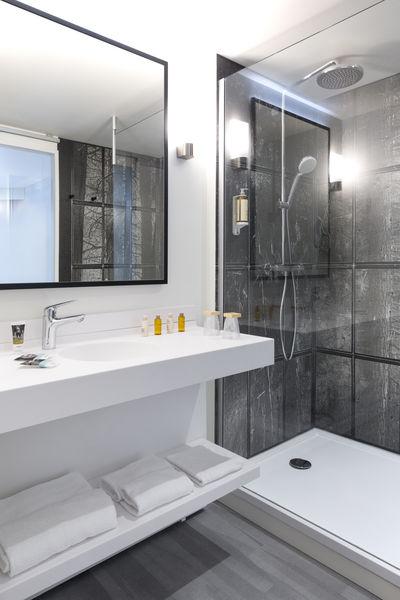 Hôtel Mercure Aix Les Bains Domaine de Marlioz **** Salle de bain