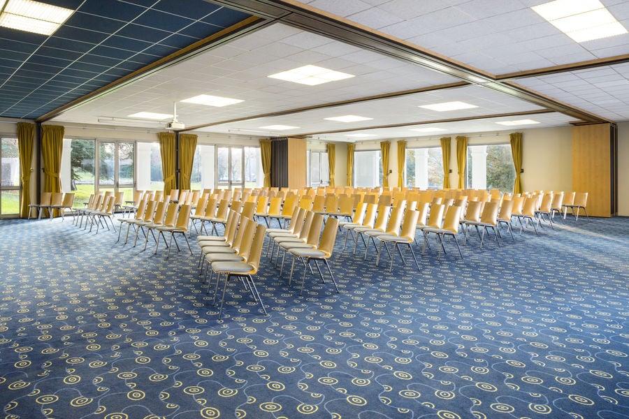 Hôtel Mercure Aix Les Bains Domaine de Marlioz **** Salles de réunion / Eaux Vives