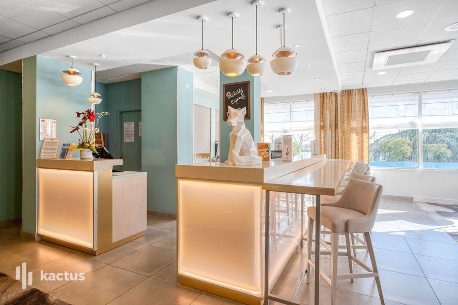 Hôtel Restaurant Mercure Mâcon Bord de Saône **** 25