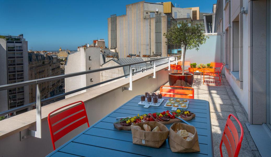 Novotel Paris Centre Gare Montparnasse **** Terrasse de la Suite