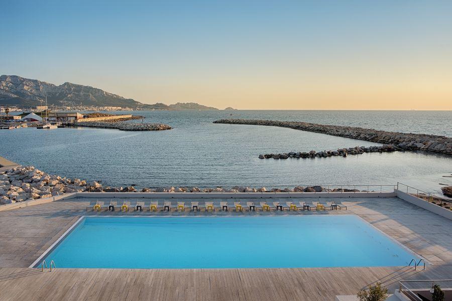 Hotel nhow Marseille **** Piscine exterieure