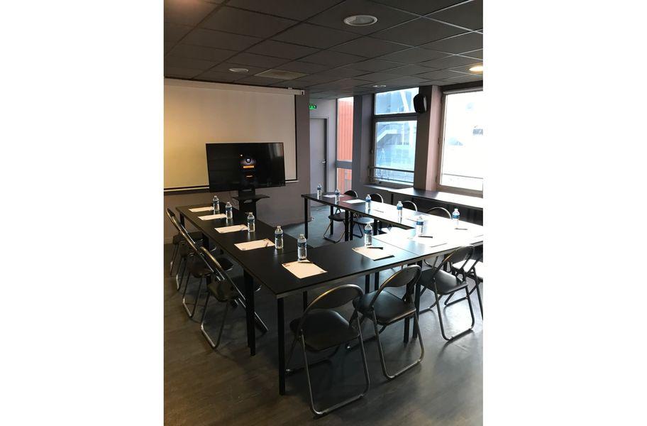 Urban Soccer - Saint Etienne Salle de réunion
