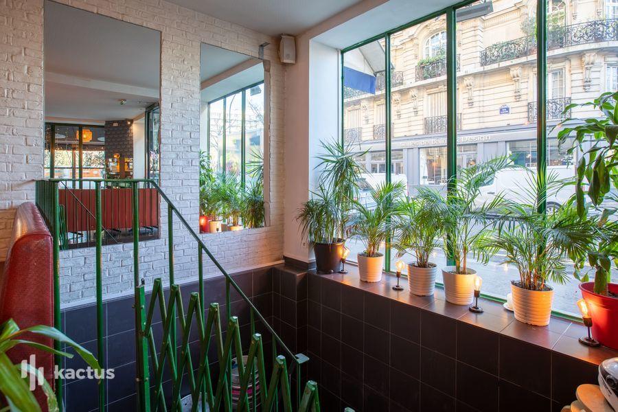 La Seine Café 24