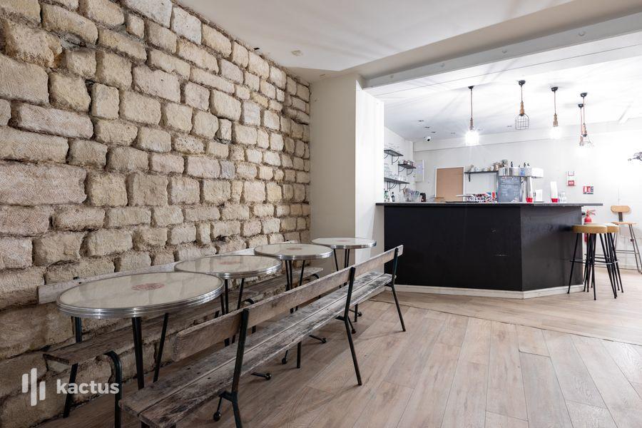 La Seine Café 20