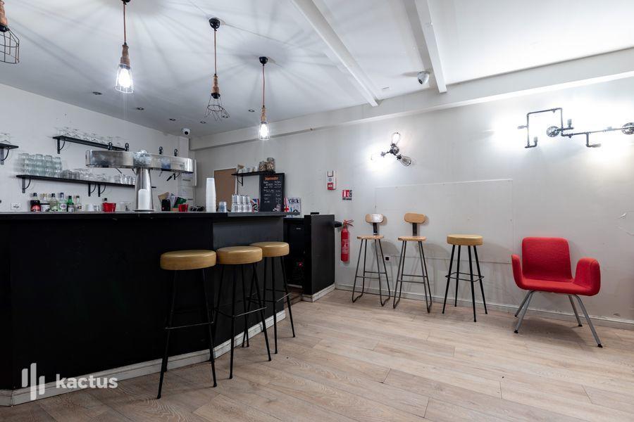 La Seine Café 27