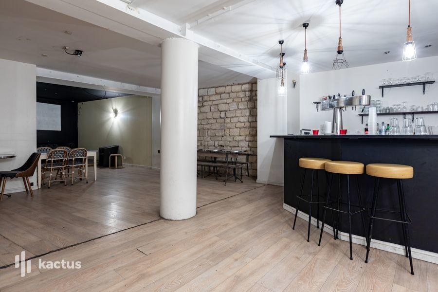 La Seine Café 30