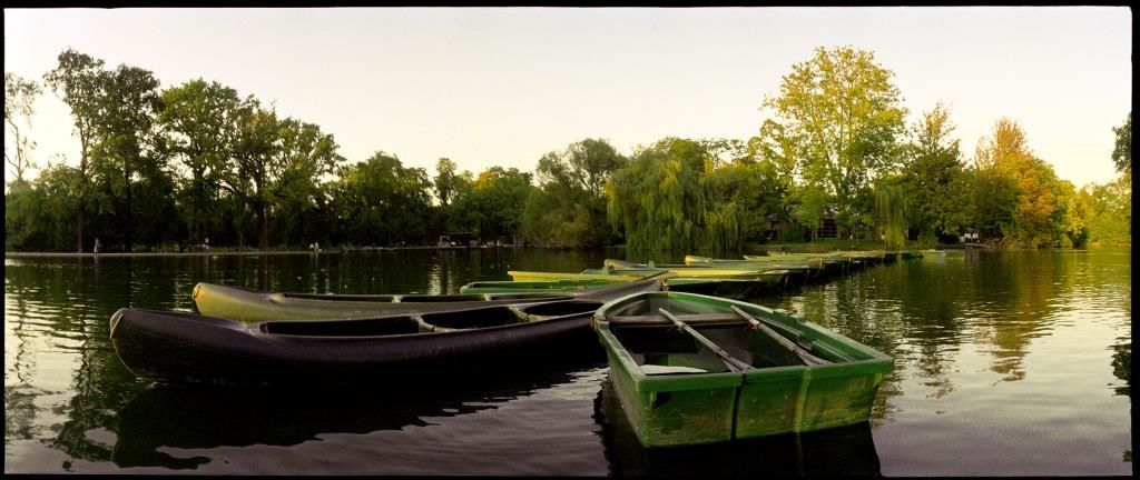 Chalet de la Porte Jaune vue des barques