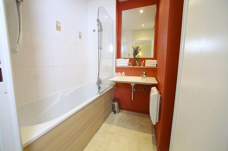Villa Bellagio Amboise *** Appartement 2 (SDB)