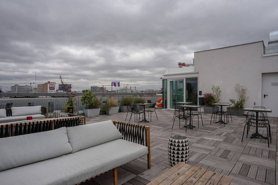 Morning Coworking Clichy L'appartement Morning et son rooftop