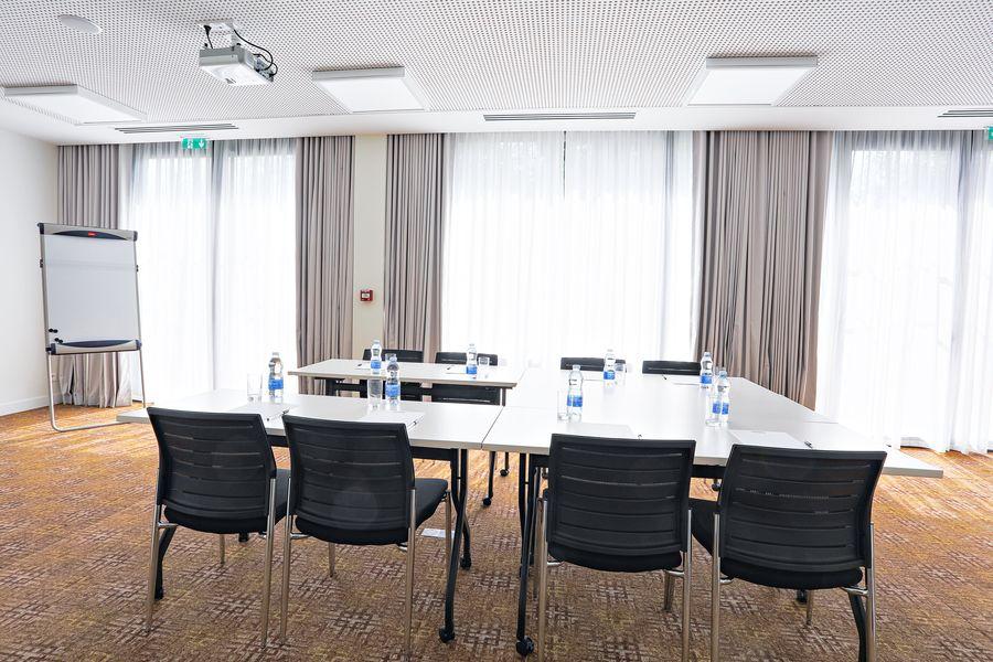 Hampton by Hilton Toulouse Airport HAMPTON MEETING ROOM