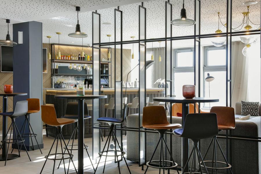 Hilton Garden Inn Paris Orly Airport **** Garden Bar