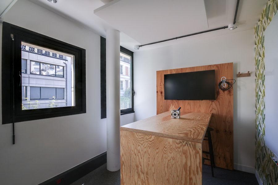 Nextdoor / WOJO Neuilly 92 Chez Claude