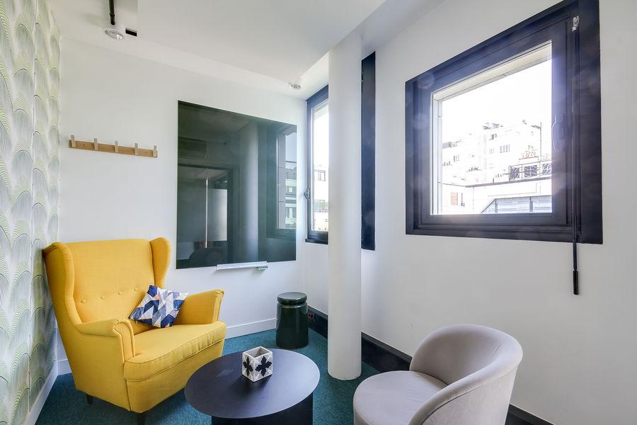 Nextdoor / WOJO Neuilly 92 Chez Roger