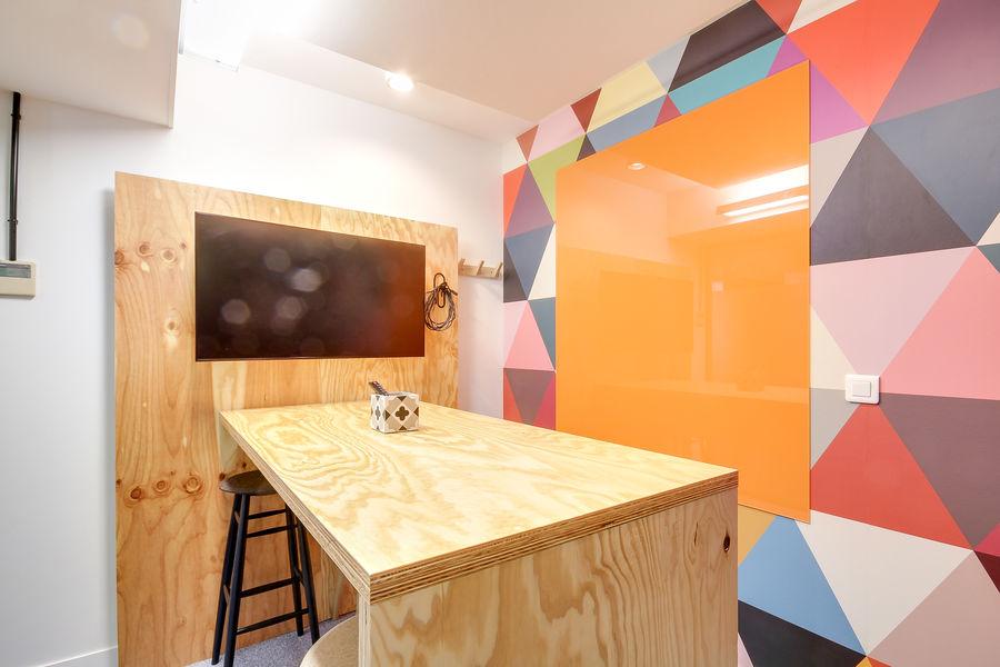 Nextdoor / WOJO Neuilly 92 Chez Simone