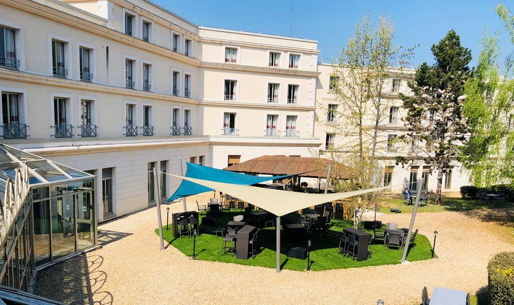 Domaine de Fremigny La paillote-Espace de restauration
