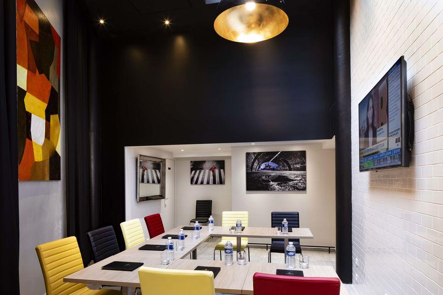 Hôtel Montparnasse Saint-Germain *** salle de séminaire