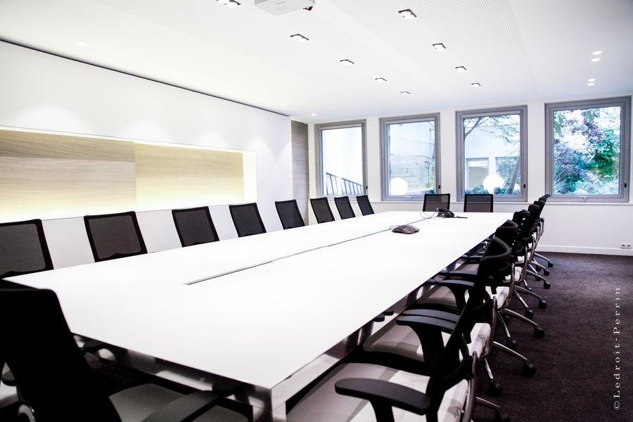 Paris Office Project Champs-Elysées George V salle de conférence