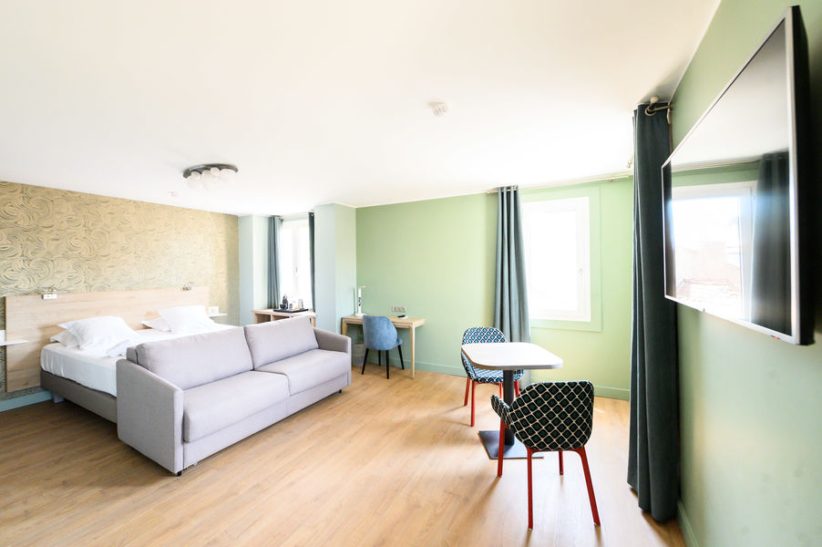 Grand Hôtel Dauphiné *** Suite
